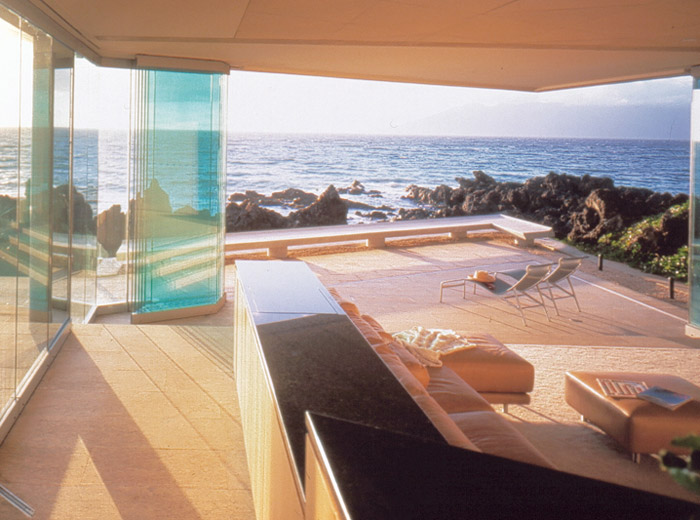 Makena House contempoarary architecture indoor and outdoor space with glass wall open