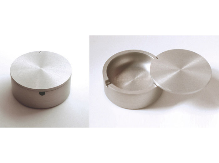 contemporary design object ashtray - spin